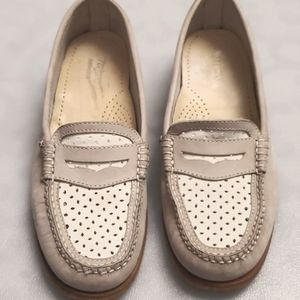 Bass Weejuns Colorblock Nude Penny Loafers